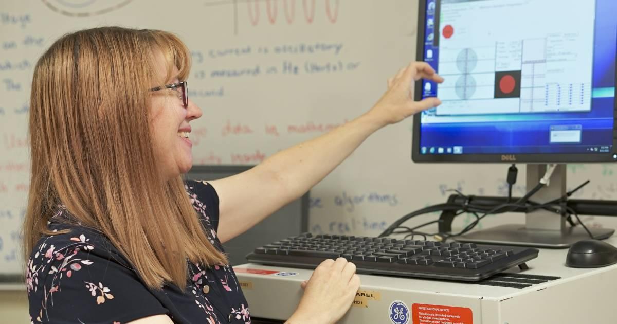 Jennifer Mueller in the lab
